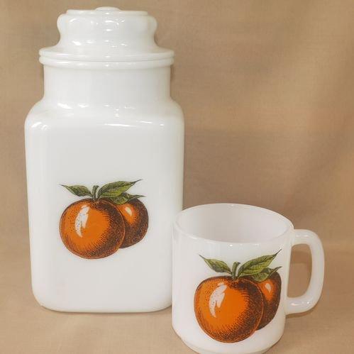 オレンジ柄のクッキージャー