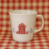 コーニング、ハート柄のマグカップ