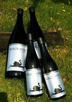 特別純米酒 BLACK SWAN