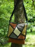 草木染めヘンプのフラップショルダーポーチ*ベルト調節4