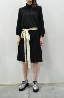 <img class='new_mark_img1' src='https://img.shop-pro.jp/img/new/icons8.gif' style='border:none;display:inline;margin:0px;padding:0px;width:auto;' />bassike  Funnel Neck Side Tie Dress