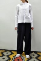 <img class='new_mark_img1' src='//img.shop-pro.jp/img/new/icons8.gif' style='border:none;display:inline;margin:0px;padding:0px;width:auto;' />KristenseN DU NORD Cotton Stretch Stand Collar Shirt (White)