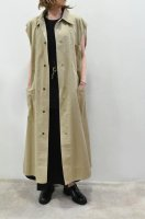 <img class='new_mark_img1' src='https://img.shop-pro.jp/img/new/icons8.gif' style='border:none;display:inline;margin:0px;padding:0px;width:auto;' />bassike Sleeveless Cotton Trench Coat (Tan)