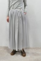 <img class='new_mark_img1' src='https://img.shop-pro.jp/img/new/icons8.gif' style='border:none;display:inline;margin:0px;padding:0px;width:auto;' />KristenseN DU NORD  Silk Georgette Crepe Gathered Skirt (Chalk)