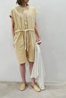 <img class='new_mark_img1' src='https://img.shop-pro.jp/img/new/icons8.gif' style='border:none;display:inline;margin:0px;padding:0px;width:auto;' />bassike  Canvas Drawstring Playsuit