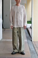 <img class='new_mark_img1' src='https://img.shop-pro.jp/img/new/icons8.gif' style='border:none;display:inline;margin:0px;padding:0px;width:auto;' />m's Braque  Stand Collar Fly Front Shirts  (Beige Stripe)