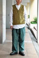 <img class='new_mark_img1' src='https://img.shop-pro.jp/img/new/icons8.gif' style='border:none;display:inline;margin:0px;padding:0px;width:auto;' />FRANK LEDER  Yellow Wool V neck Pullover Vest