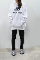 【SOLD OUT】BLACK SCORE  Print Sweat Hoodie (NEW BALANCE /White)