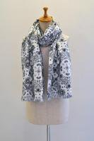 <img class='new_mark_img1' src='https://img.shop-pro.jp/img/new/icons8.gif' style='border:none;display:inline;margin:0px;padding:0px;width:auto;' />MASTER&CO.  paisley print stole (black)