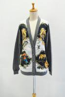 <img class='new_mark_img1' src='http://arablesoil.shop-pro.jp/img/new/icons20.gif' style='border:none;display:inline;margin:0px;padding:0px;width:auto;' />SWASH LONDON  Silk Print Cardigan with Leather Patch (menagerie midnight polka)