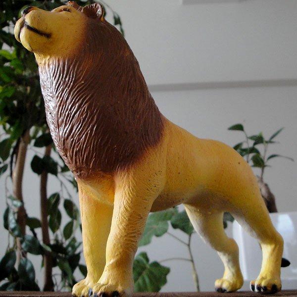 天然ゴムフィギュア ライオン