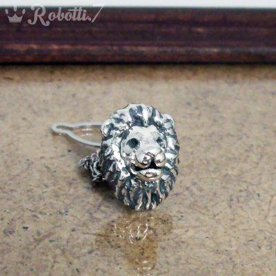 ライオンのタイピン