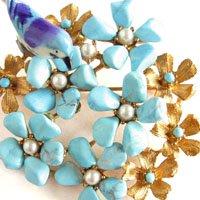 青い鳥とターコイズのお花畑のブローチ  SWOBODA(スワボダ)