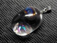 ★【レインボークリスタル】虹入り水晶★天然石ペンダント:C-94487