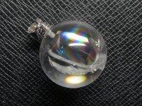 ★【レインボークリスタル】虹入り丸玉水晶★天然石ペンダント:C-45724
