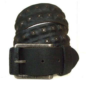 <img class='new_mark_img1' src='https://img.shop-pro.jp/img/new/icons24.gif' style='border:none;display:inline;margin:0px;padding:0px;width:auto;' />LOWLIFE - EARL BLACK LEATHER BELT WITH SILVER STUDS