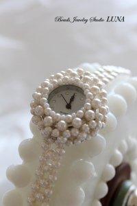 スワロフスキーパール時計 ホワイト