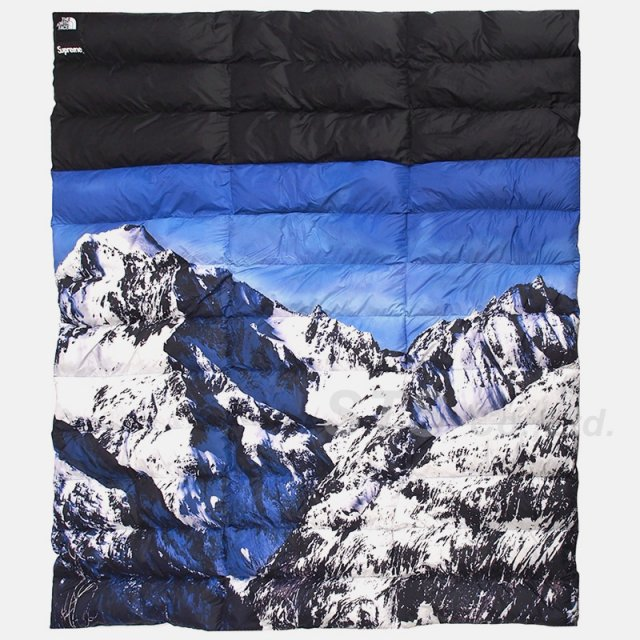 Supreme/The North Face Mountain Nupste Blanket