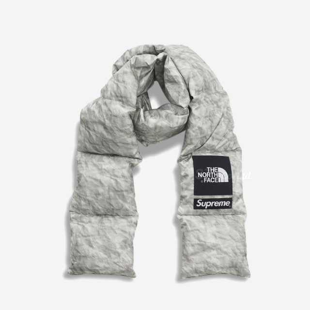 Supreme/The North Face Paper Print 700-Fill Down Scarf
