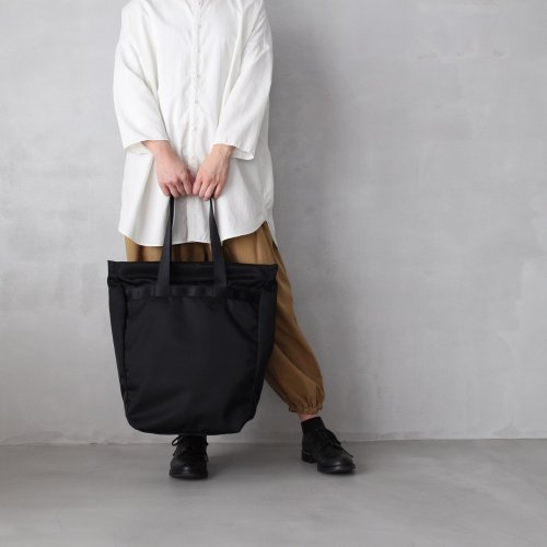leaf spring tote _ no.2 / black - nylon twill