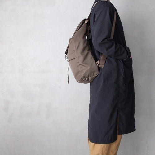 leaf spring backpack _ no.1 / olive - nylon twill