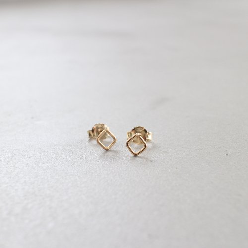 92_RIGHT LINE EARRINGS AB_RL_E1_G