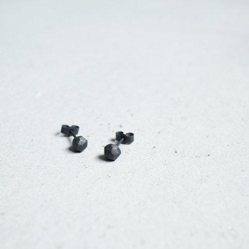ROCKS EARRINGS / black
