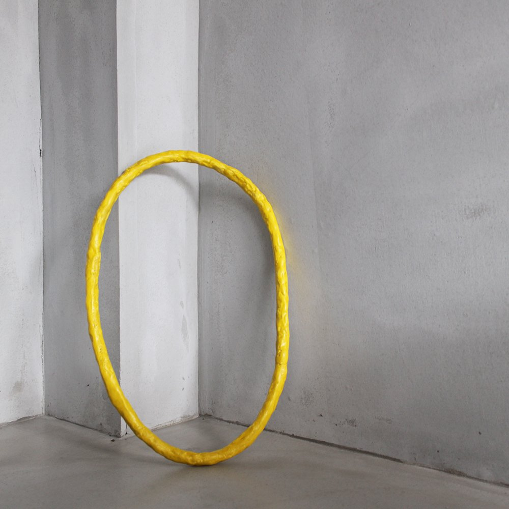 """O""(yellow) / object"