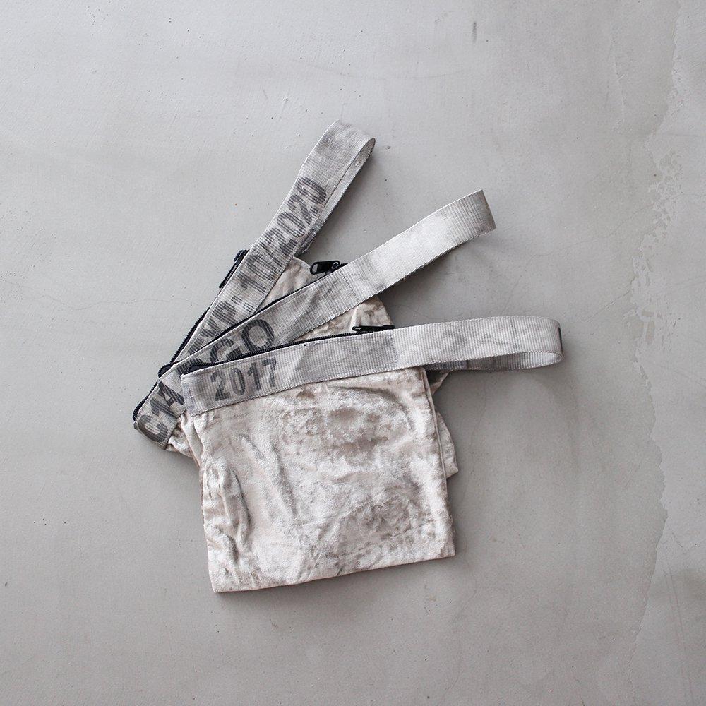 VINTAGE SLING BELT POUCH / Silver