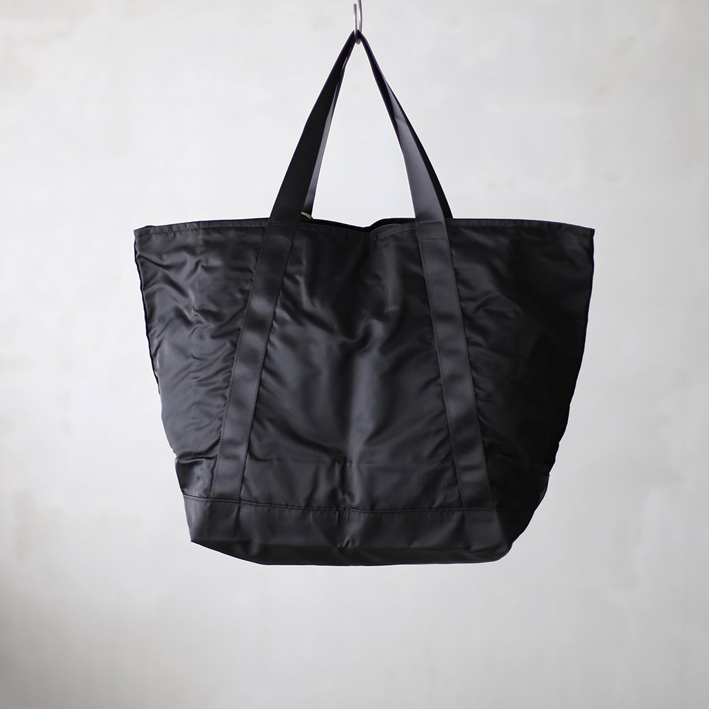 leaf travel tote _ no.3 / black - nylon twill