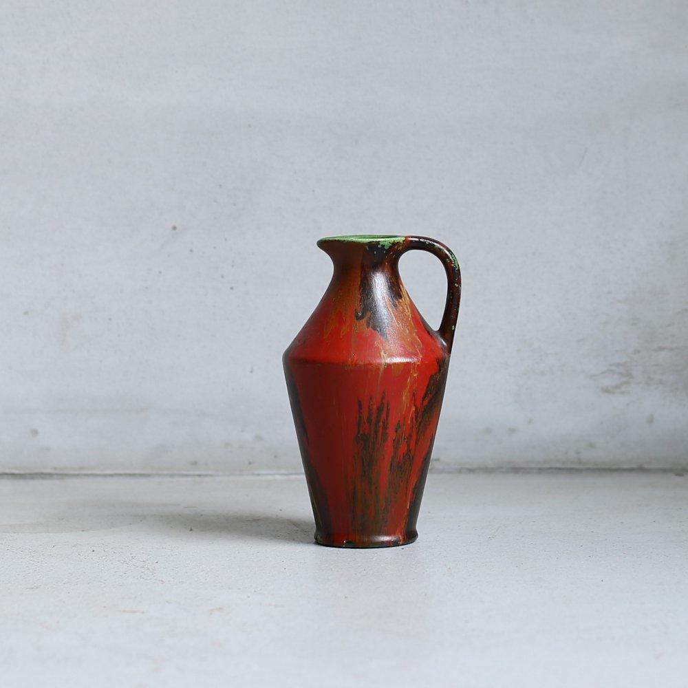 VASE / red marble