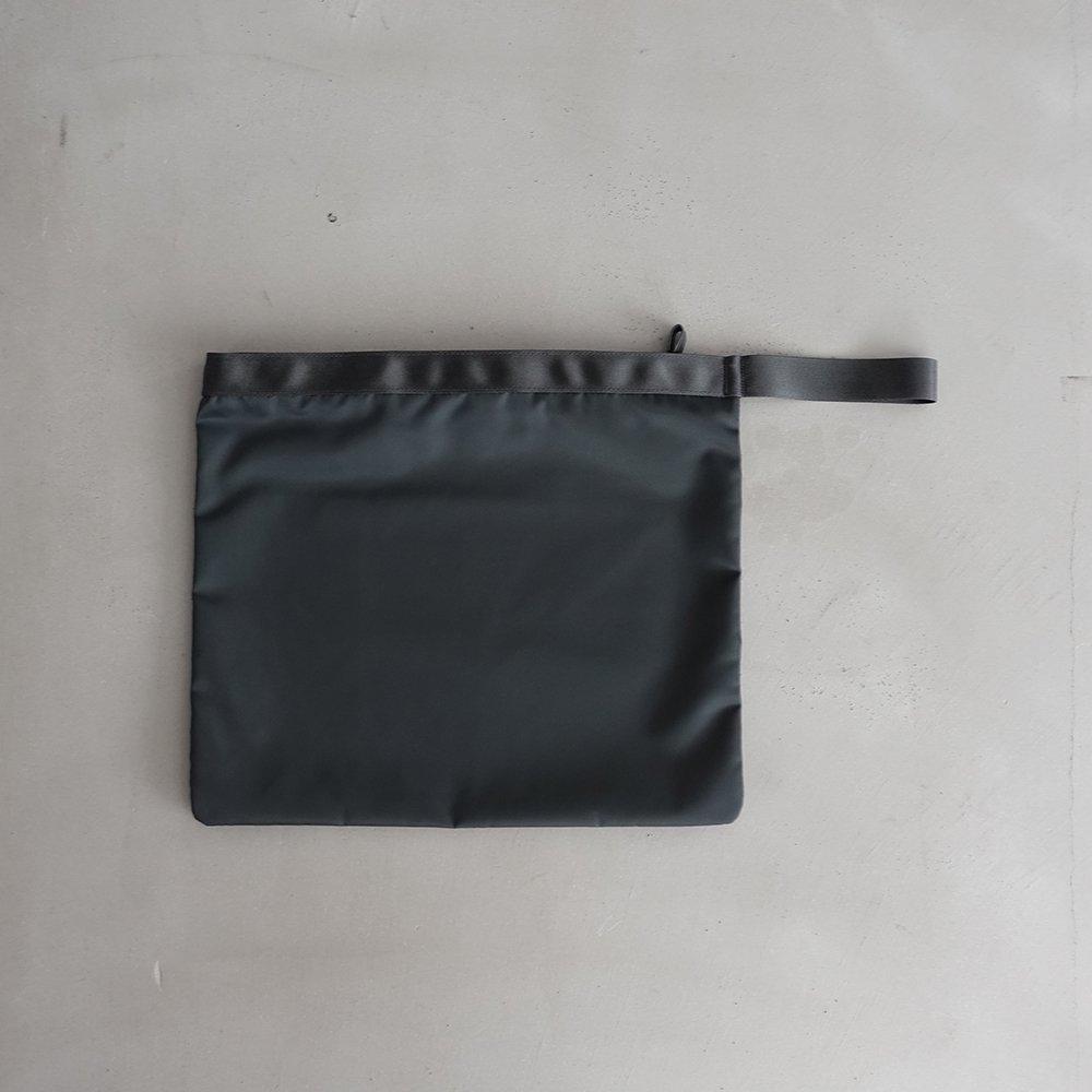 leaf handle pouch _ no.3 / moss gray - nylon twill