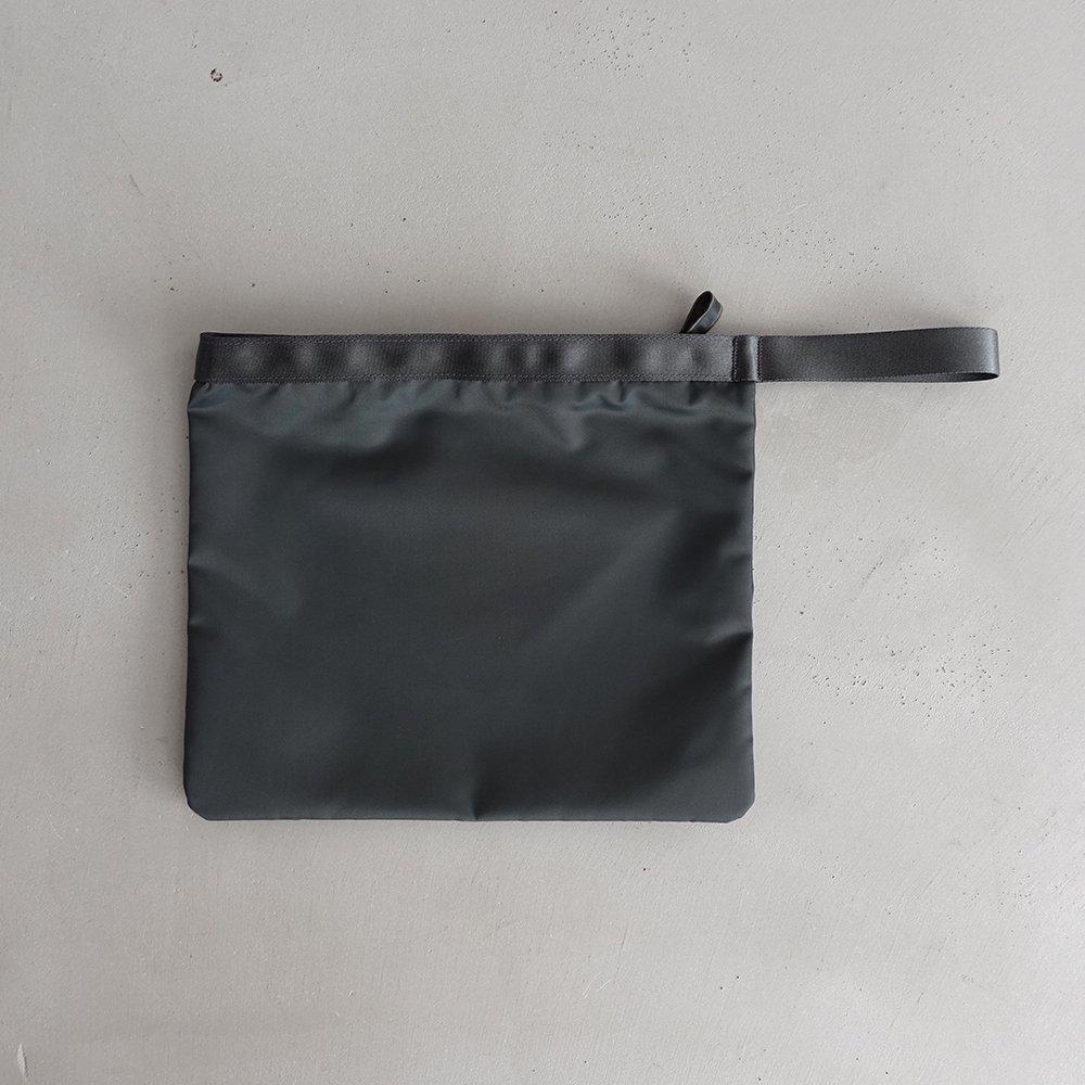 leaf handle pouch _ no.2 / moss gray - nylon twill