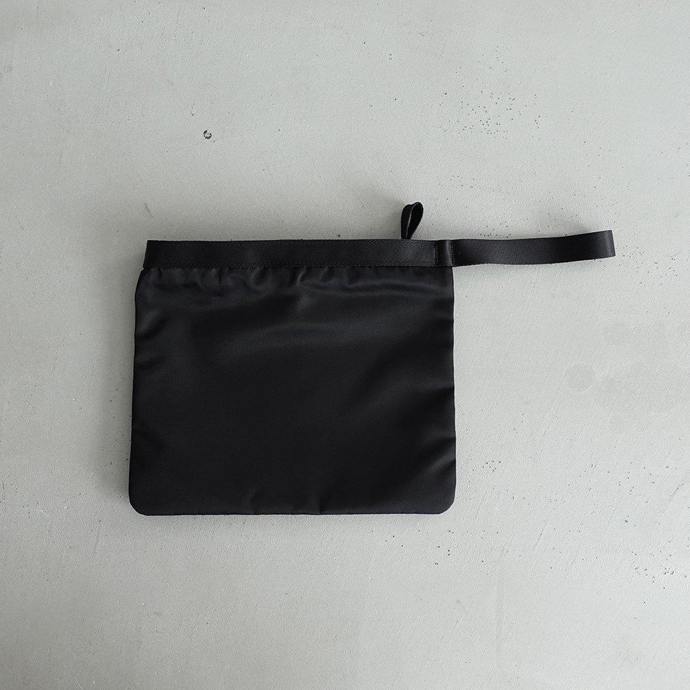 leaf handle pouch _ no.2 / black - nylon twill