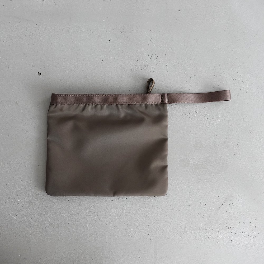 leaf handle pouch _ no.1 / olive - nylon twill