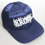 <img class='new_mark_img1' src='https://img.shop-pro.jp/img/new/icons5.gif' style='border:none;display:inline;margin:0px;padding:0px;width:auto;' />420 SILK SATIN CAP NAVY