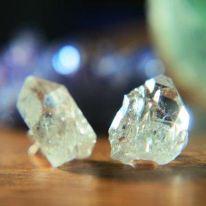 水晶 クリスタル 原石 ピアス 925シルバー