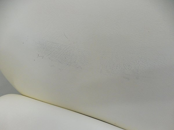 <img class='new_mark_img1' src='https://img.shop-pro.jp/img/new/icons24.gif' style='border:none;display:inline;margin:0px;padding:0px;width:auto;' />スーパーサマーセール超特価品!8,820円→7,938円!【中古】ウエラ 『Wing(ウイング)ホワイト』 ★4台あり!