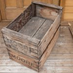 ANTIQUE WOODEN BOX 1pcs
