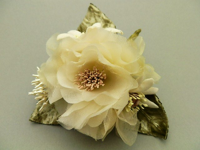 薔薇とマーガレットとペップのお花のブーケ
