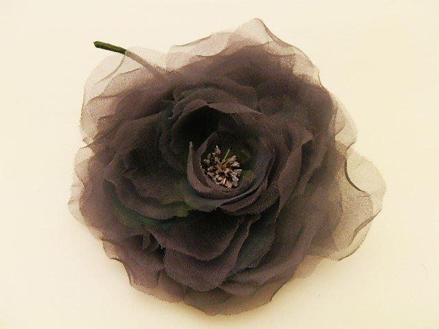紫陽花色に煙る薔薇